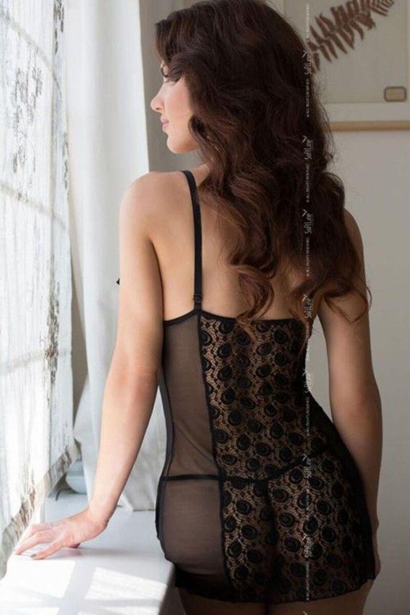 Ночная сорочка с открытой грудью и стринги SoftLine Collection Lilith, черный, S/M