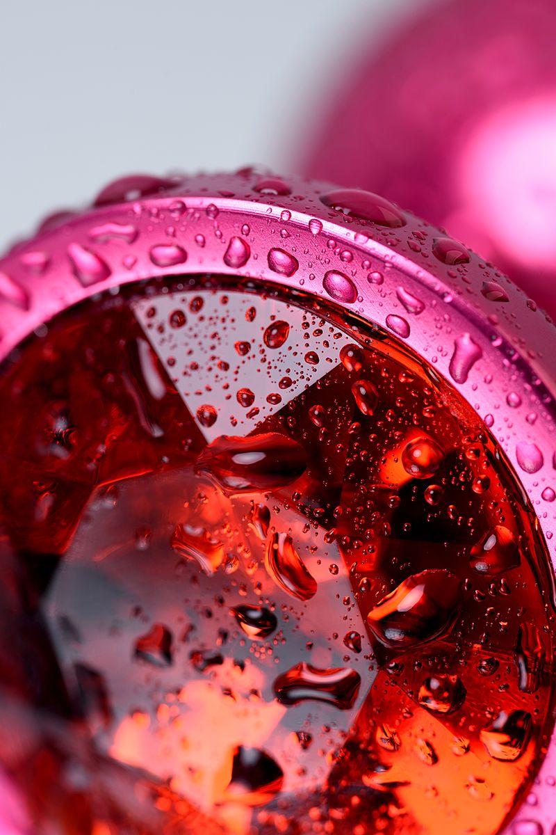 Анальный страз Metal by TOYFA, металл, красный, с кристалом цвета рубин 8,2 см, Ø3,4 см, 85 г.
