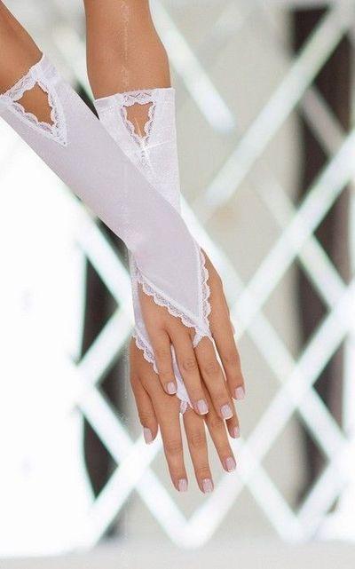 Перчатки атласные белые S/L
